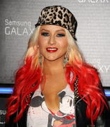 Christina Aguilera - Samsung Galaxy Note II Launch in Beverly Hills 10/25/12