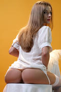http://img205.imagevenue.com/loc19/th_371947905_Avanse_Alyssa_A_0015_123_19lo.jpg